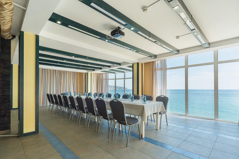 Конференц-зал в Крыму в Ялте в отеле Левант